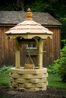 Outdoor Furniture - Wood 3' Octagon Wishing Well