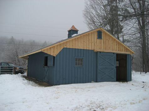 Modular Horse Barn - Custom Style Modular Horse Barn - 26 x 30