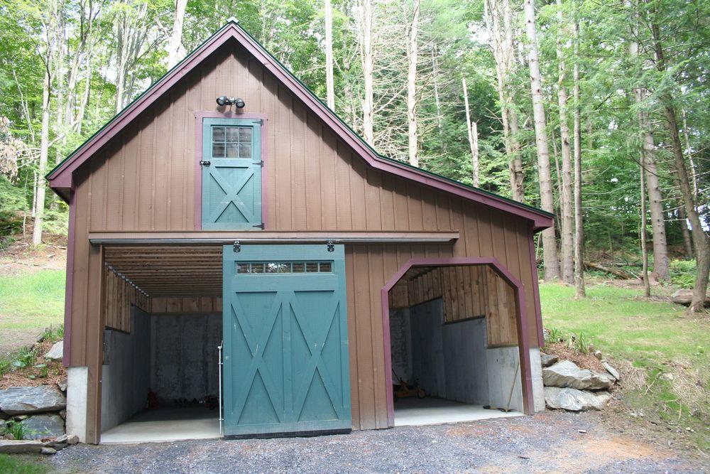 Custom garages custom garage designs great garage designs for Carriage shed garage plans