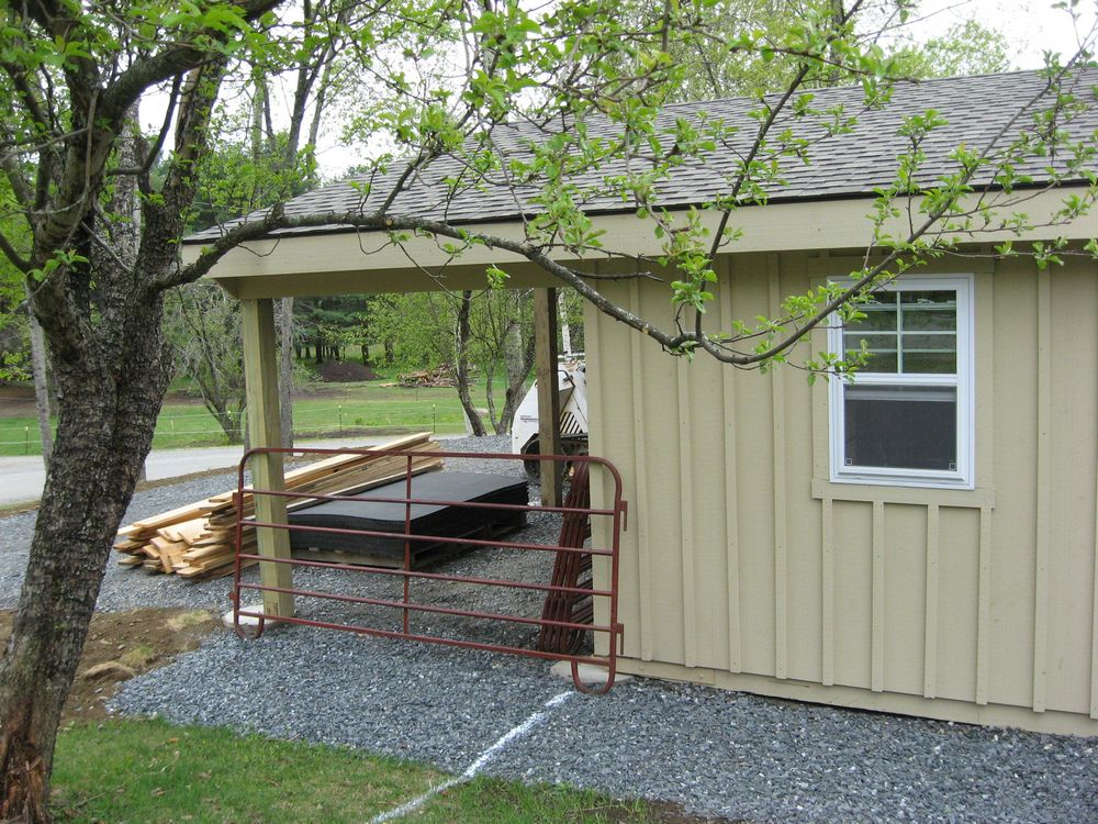 Low Profile Sheds : Low profile horse barns custom barn layouts