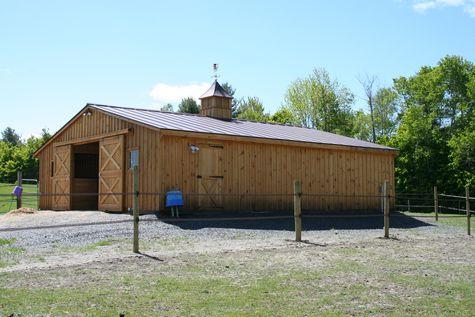 Modular Horse Barn - Low Profile Trailside Modular Horse Barn - 32 x 36